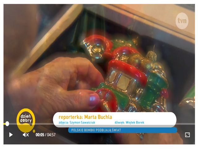 Szklana bombka w pudełku